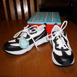 Puma White/Black Sneakers